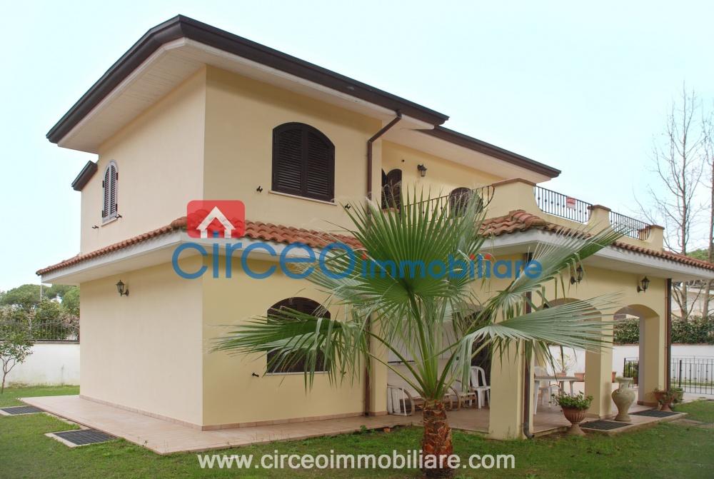 Circeo immobiliare annunci immobiliari vendita affitto for Case in vendita san felice circeo