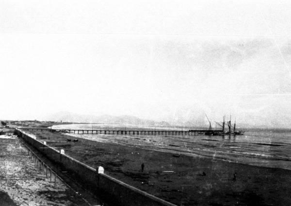 San Felice Circeo - Il pontile con i binari a Rio Torto