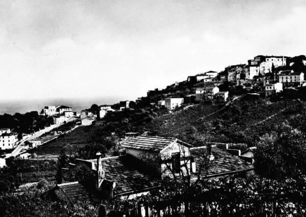 San Felice Circeo - Vista del Centro Storico da Via XIV Maggio