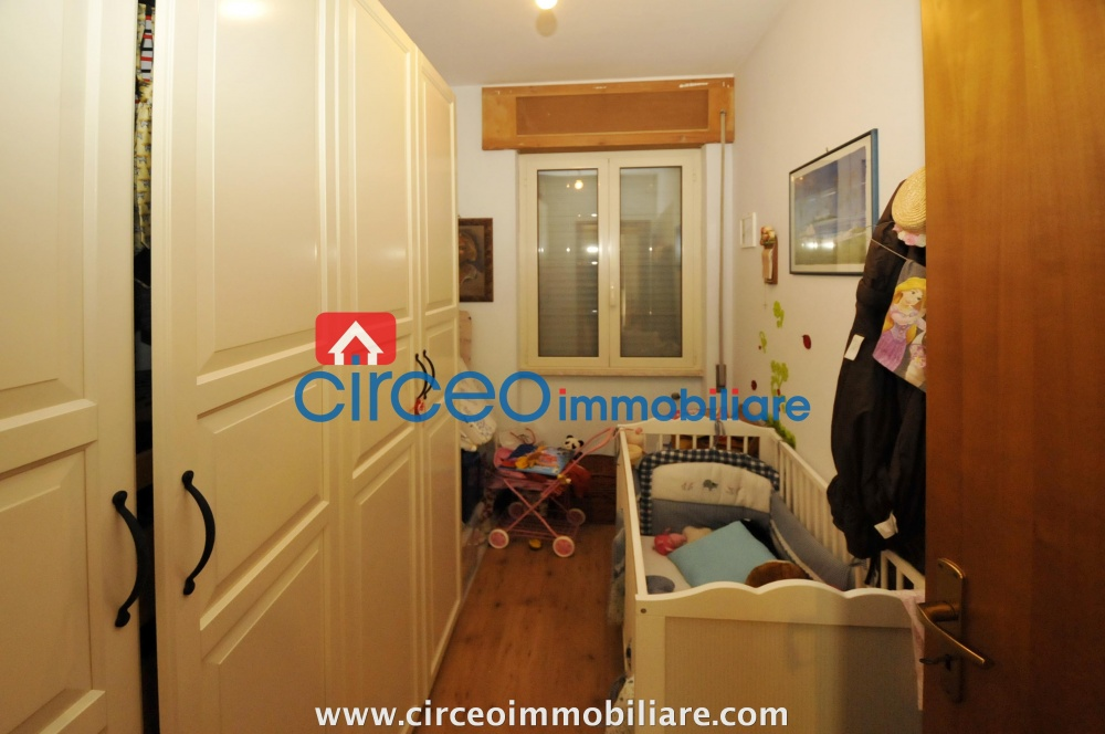san felice circeo appartamento in affitto locazione affittasi si loca mezza costa circeo immobiliareroma zona piazza dei re di roma vendesi in vendita si vende ufficio di prestigio
